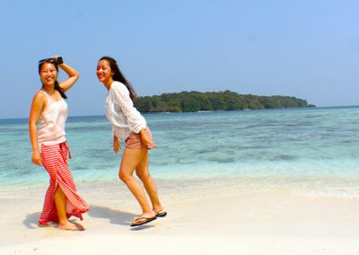 paket wisata pulau genteng kecil
